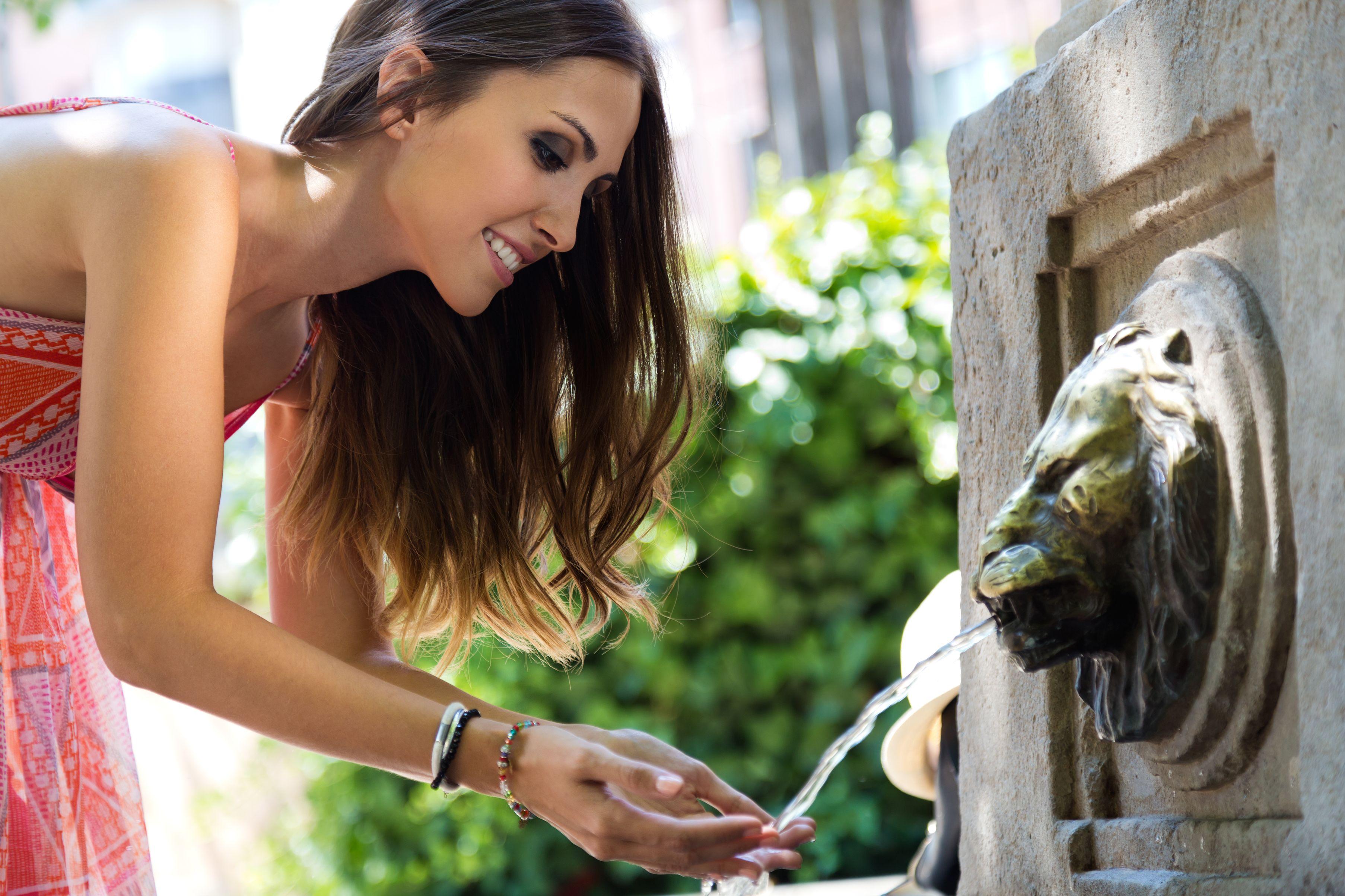énergy-énergie-autonomie-autonomy-maison autonome-natuel-maître d'oeuvre-constructeur-artisan- autonomie vivante-toitot maison autonome-construction-énergies renouvelables-habitat naturel-house-chauffage-water-eau-filtration-fontaine